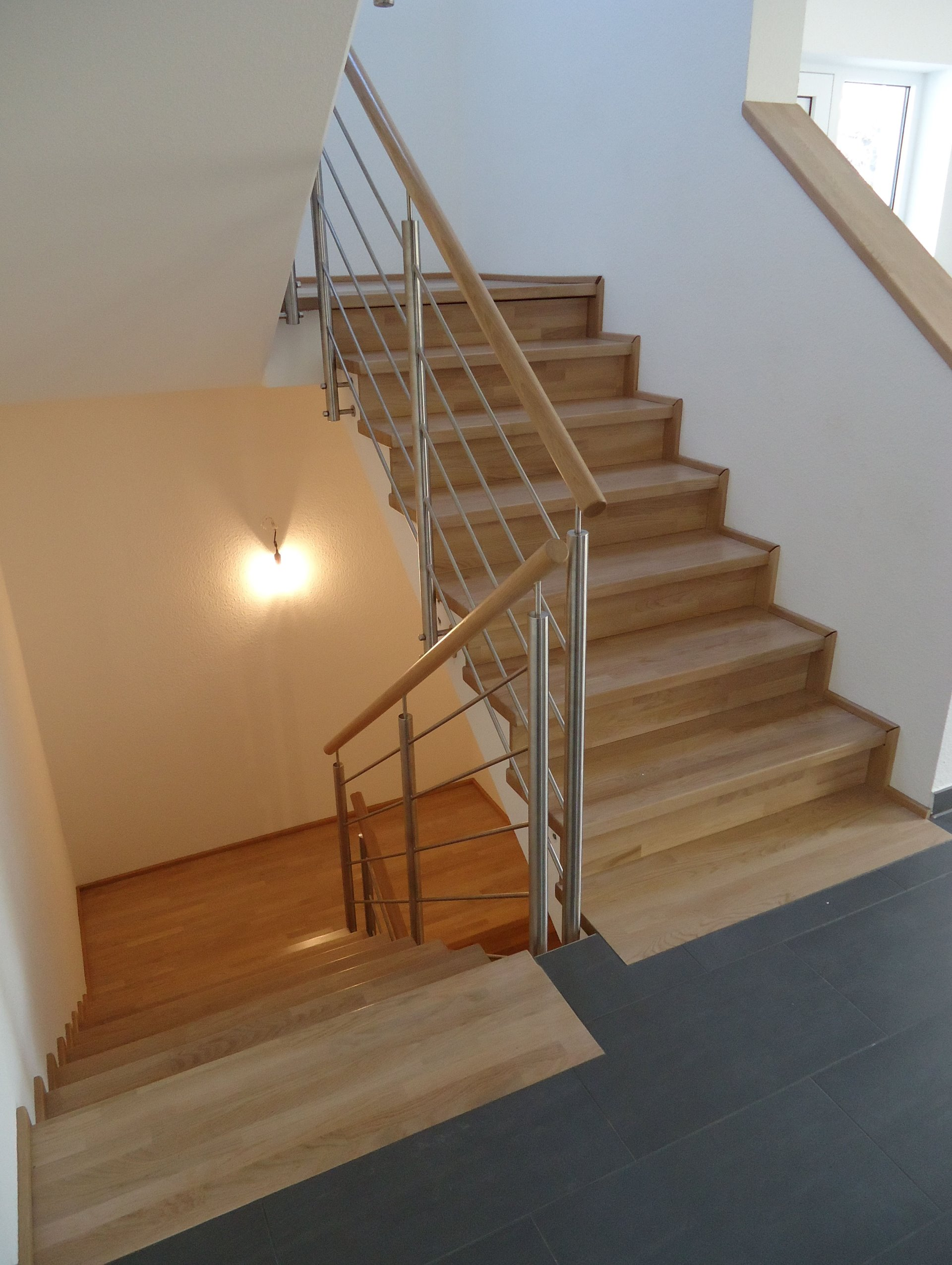treppe mit podest treppe mit podest mit podest auaentreppe mit podest treppe mit podest. Black Bedroom Furniture Sets. Home Design Ideas